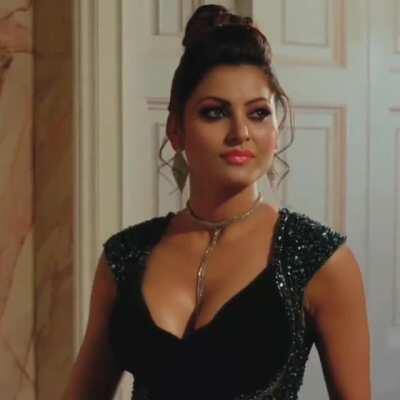 Damn these boobs of Urvashi Rautela