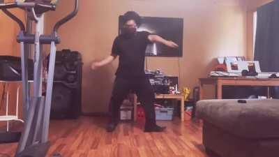 This probably isn't the normal style of dance you guys see but I hope you guys enjoy anyways! What do you guys think of my dancing??