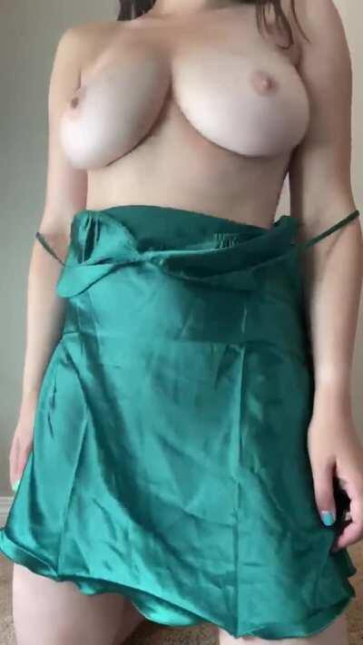 I'm just going to shimmy on out of this dress if that's okay with you ;) [OC]