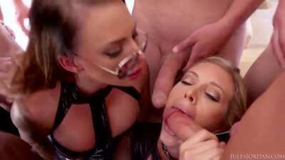 Samantha & Juelz in Slut Heaven 👩❤️💋👩