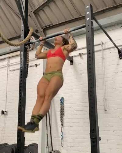 French athlete Celia Gabbiani [gif]