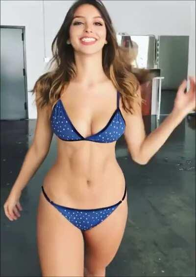 Celine Farach (video enlarged)