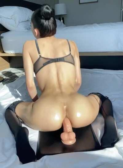 Fun fact about me, I love anal😈