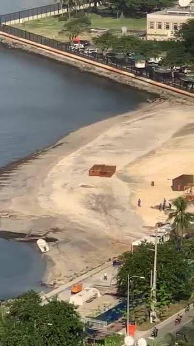 [UPDATE] Manila Bay White Sand DEC 01 2020. I didn't know you could post videos here? Anyways, I hope this helps with your mental health. Repost this without crediting me automatically makes you a DDS. Yes, you know who you folks are. Stay classy mga Kaba