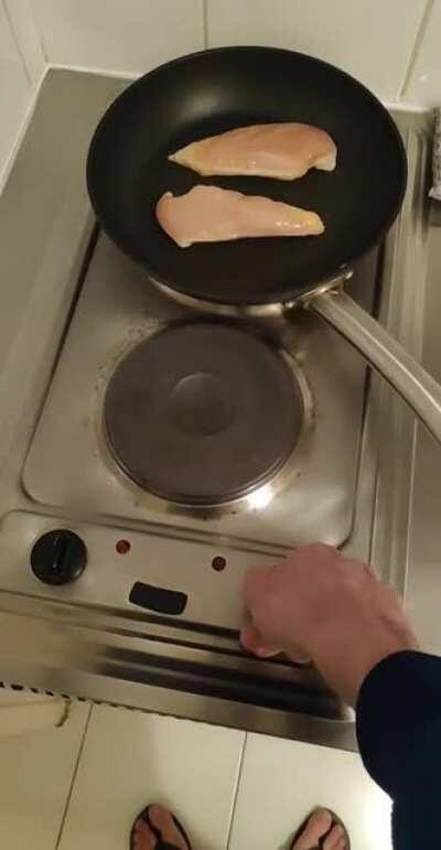 My cooker is somehow making a short circuit