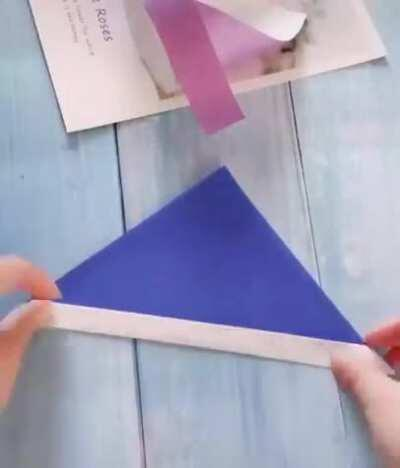 This Flappy Wings Paper Plane Design