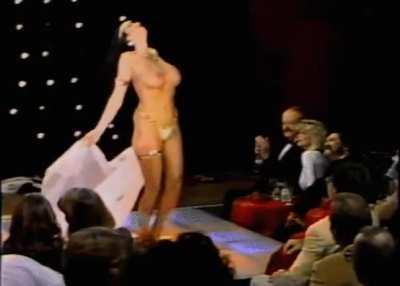 Raven De La Croix- Best Chest in the West (1985)