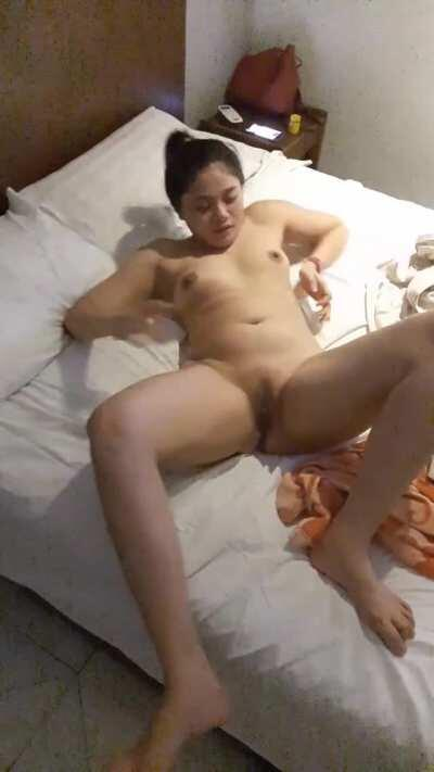 Enjoying with drunk filipino friend in hotel room! [F][OC] P1