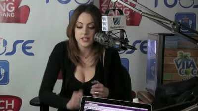 come here  lizgillies  dd reddittube  first down