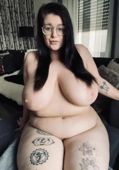 For all the BBW Lover!🔥 ONLY 7,5$! New & TOP 11%! Daily Content! NO PPV! Active with Fans. Nudes / Close up / Solo play / Sex / Blowjobs/ Titty play and more!! Onlyfans Link in Comments!