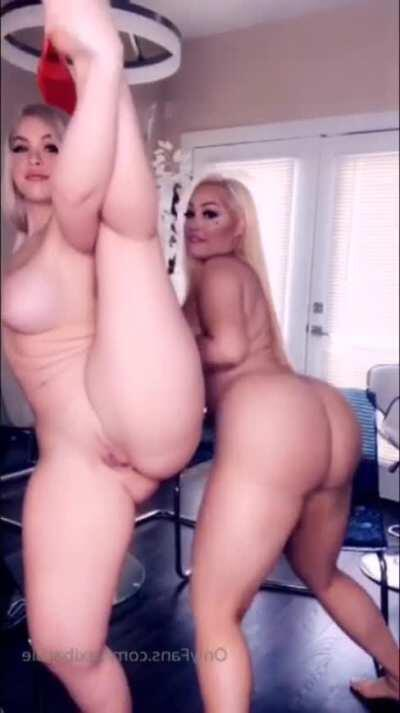 2 Blonde Girls Naked With Big Boobs 🔥 Link in Comment