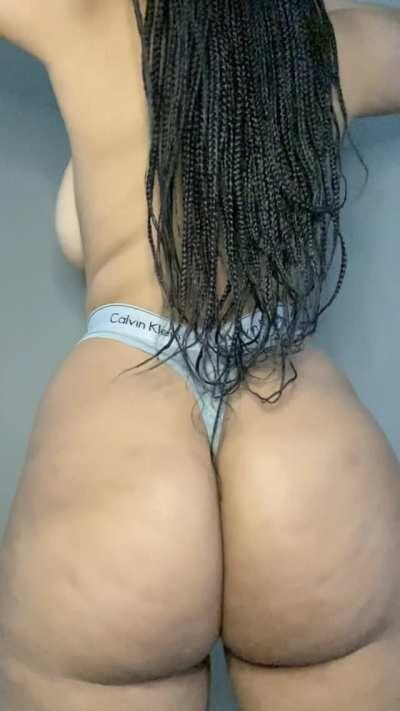 🚨 SALE ALERT🚨 Top 5.3% of all creators Pussy Play Queen 💦 Toy Lover All Natural and Thick🍑 $7.35 for 30 days LINK IN THE COMMENTS