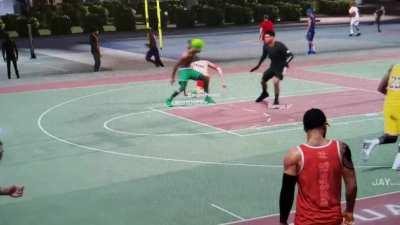 Saw an alien playing 2 on 2