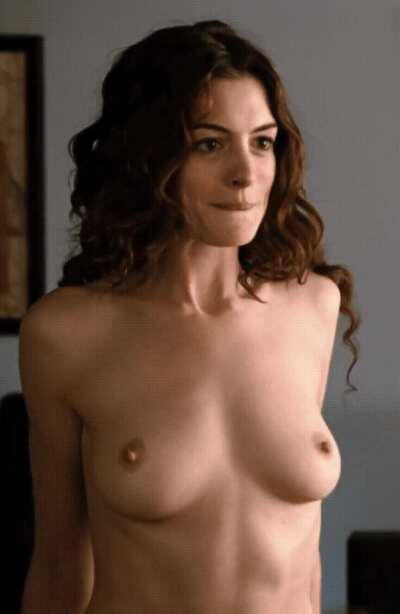 Anne Hathaway Amazing boobs