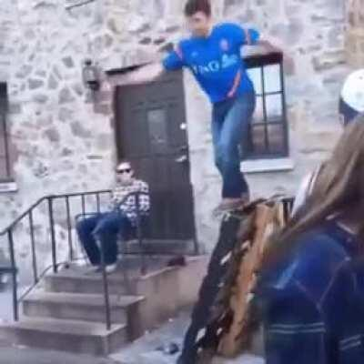 WCGW trying to parkour your way out of trouble