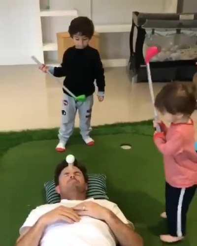 WCGW Golf playing with kids