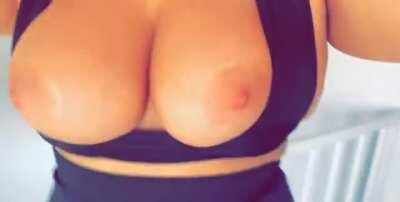 Can you come and tittyfuck me?💦😈