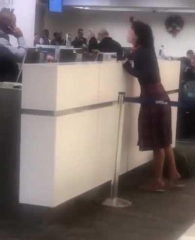 Woman freaks out after being denied boarding