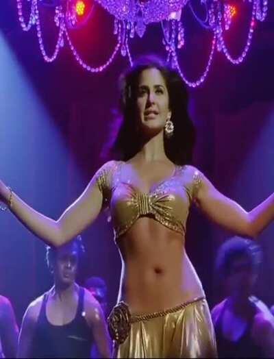 Katrina Kaif - Sheila Ki Jawani (Tees Maar Khan)