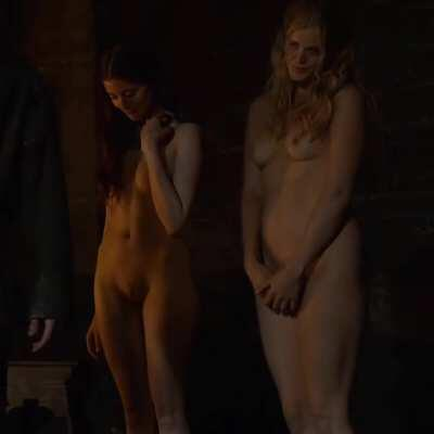 Charlotte Hope nude plot in G.O.T.