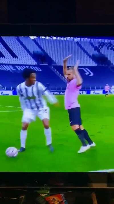 Fallon d'Floor nominee: Cuadrado vs Barcelona