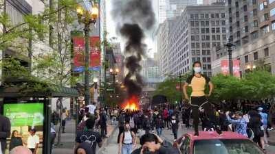 The Myanmar coup dancer was at the riot in Chicago last May!