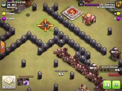 [Humor] A th8 in my clan just did this perfect attack