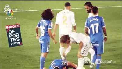 Carvajal - Call the ambulance this guy is injured (Real Madrid Vs Getafe)