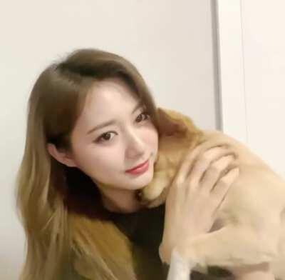 [210222] Tzuyu and Butter