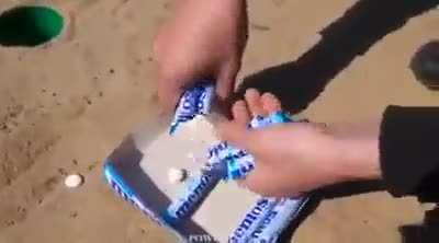 What happens when you mix a lot of Mentos in soft drinks?