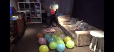 Muscular man imitates balloon