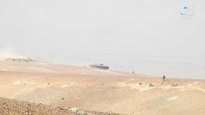 ISIS fighters hit a regime BMP east of Palmyra. 2017/06/12