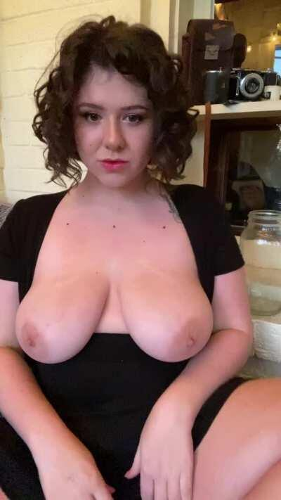 I like to give you something extra when I reveal my tits