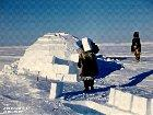 How igloos are built in a spiral