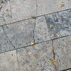 The pavement makes a music like sound when you kick a pebble on itt
