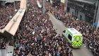 Hong Kong crowd make way for ambulances and sing Beyond's 海闊天空