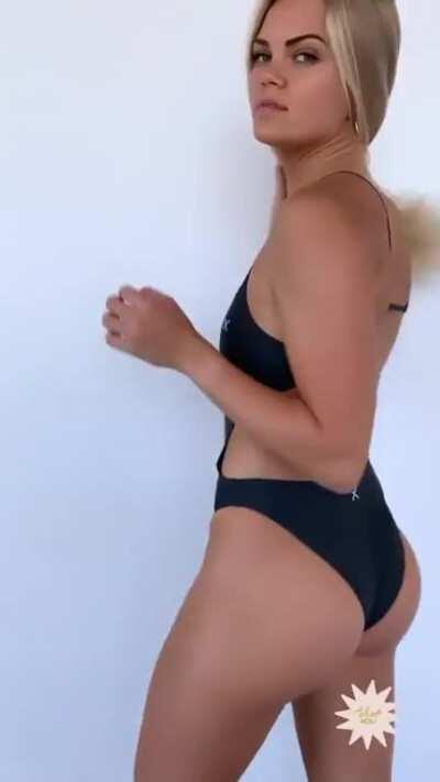 SwimmerBabes