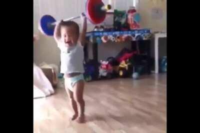 Baby go aaaaa