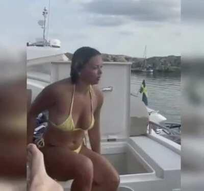 HMC while I sit and enjoy...