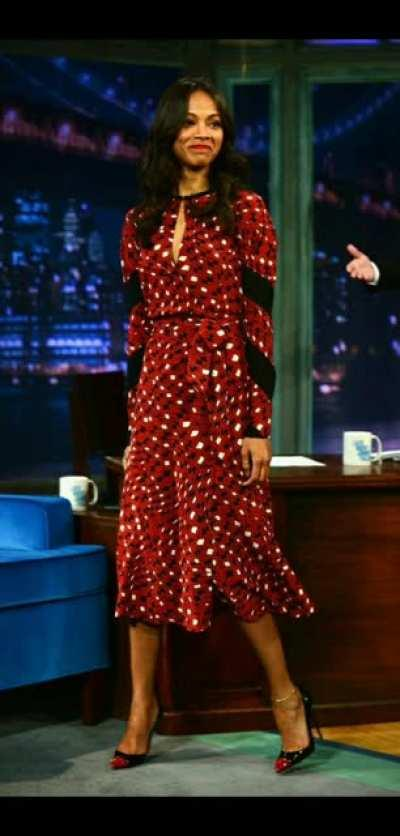 Zoe saldana slowly raises her long red dress to reveal her hot cross legs (Jimmy fallon, may 17 2013)