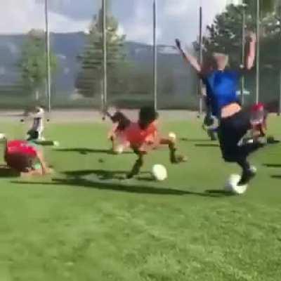 Real Madrid training session looks dope😍 l Hala Madrid y nada màs