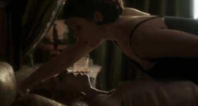 Gemma Arterton fingering Elizabeth Debicki to orgasm (Vita & Virginia)