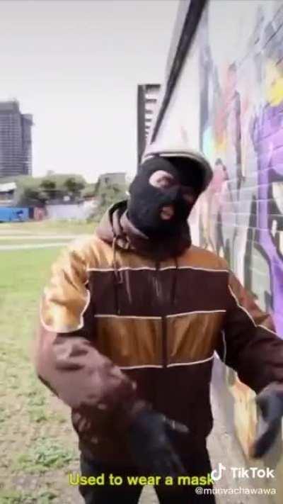 The posh drill rapper 🧐🎩☕️