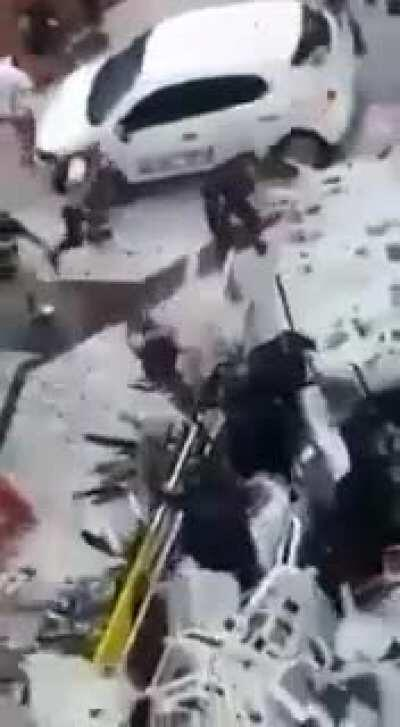 Cops caught by storm of chairs in an attempt to repress manifestation of the worker's strike (Brazil)