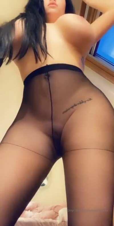 Amylouisexx. Dm for $3 on cashapp for her exclusive vids and pics