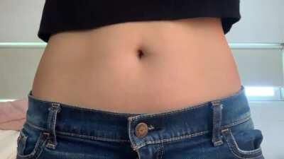 This are the only jeans that fit me 😔