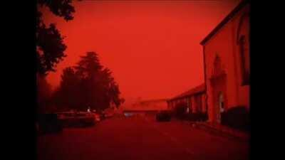 The Red Sky gives me PTSD