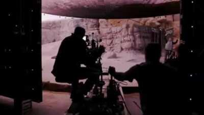 Instead of using green screens, The Mandalorian was shot inside a set with ultra-high resolution screens wrapping around it