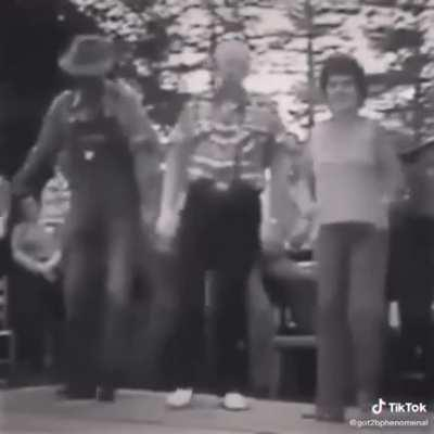 Video of first Tictok found