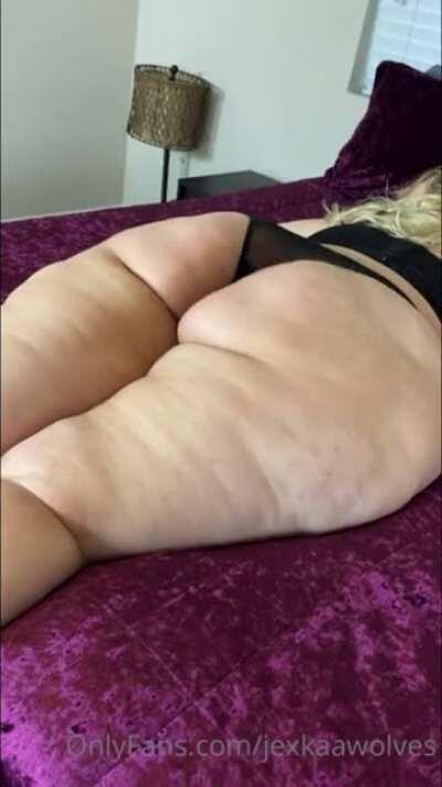 Jexkaa huge ass